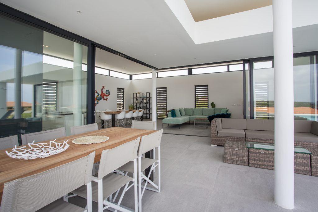 villa dushi bida curacao - 1e verdieping eethoek outdoor