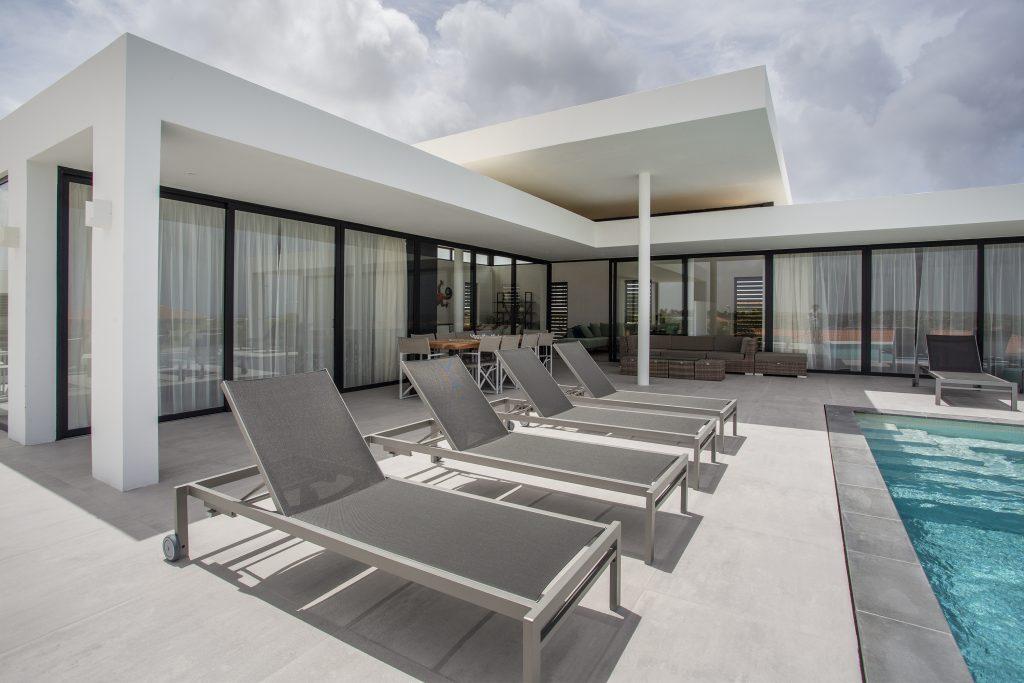 villa dushi bida curacao - 1e verdieping zwembad outdoor (2)