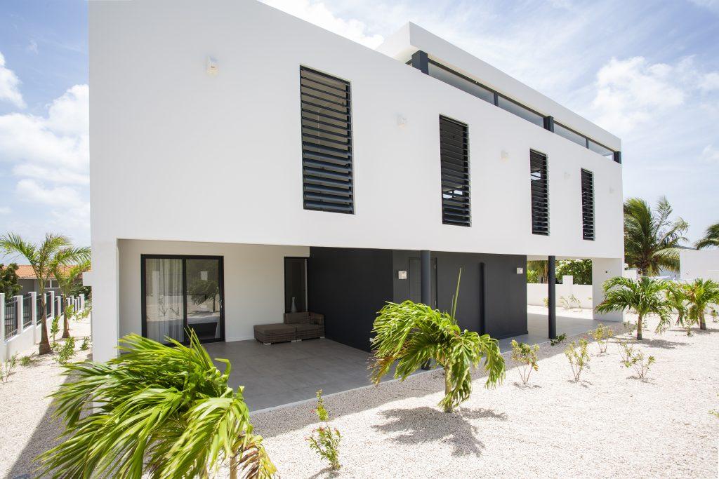 Villa Dushi Bida Curaçao, Jan Thiel - achterzijde